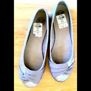 Silver shoes 8.5